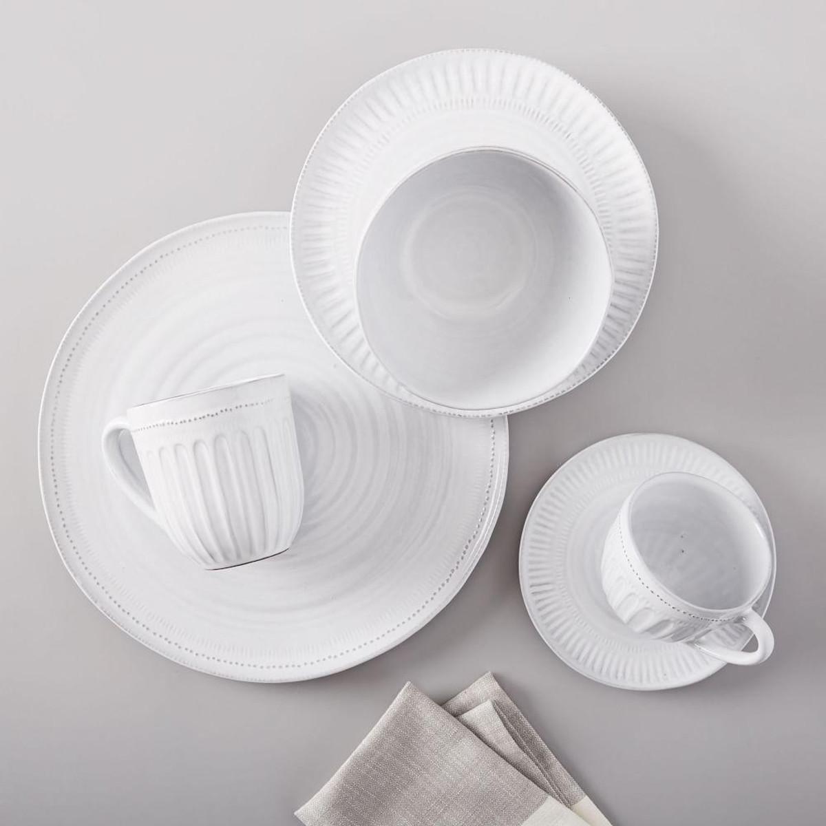 tin-glaze-dinnerware-set-of-4-d5041-alt3_imgz