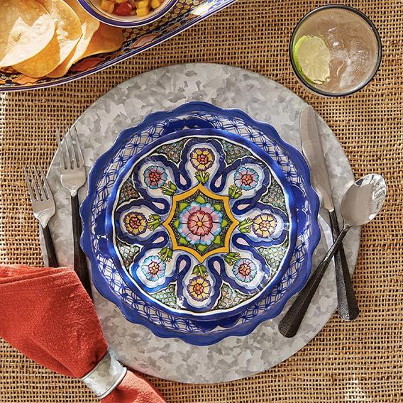 del-sol-melamine-dinner-plate-alt3_imgz-1.jpg