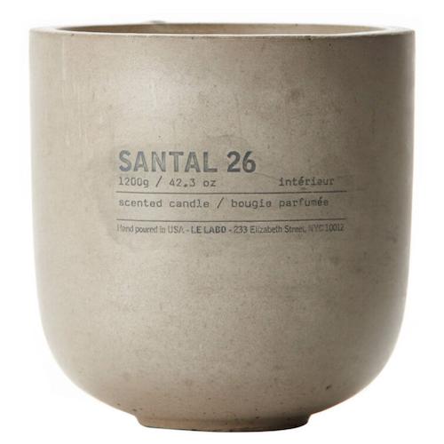 santal_26_concrete_candle
